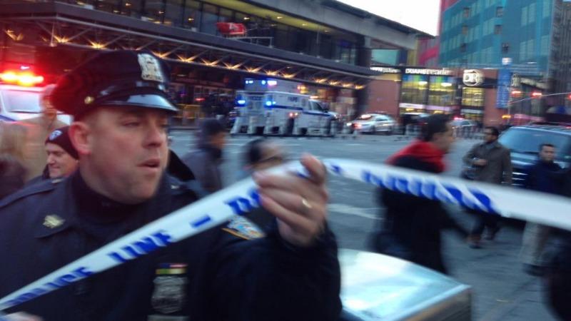 Отовсюду обо всем: В Нью-Йорке произошел взрыв