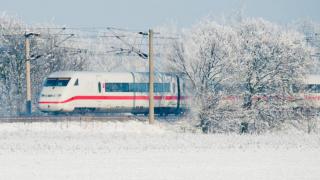 Дойче Бан предупреждает: на выходных поезда будут ходить с опозданием