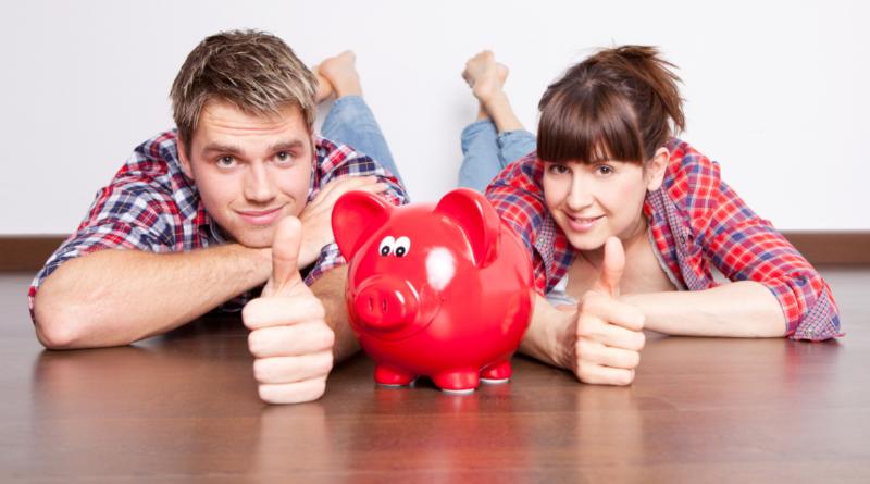 Деньги: Финансовые тайны немцев: кто сколько откладывает и кто боится за свои сбережения?