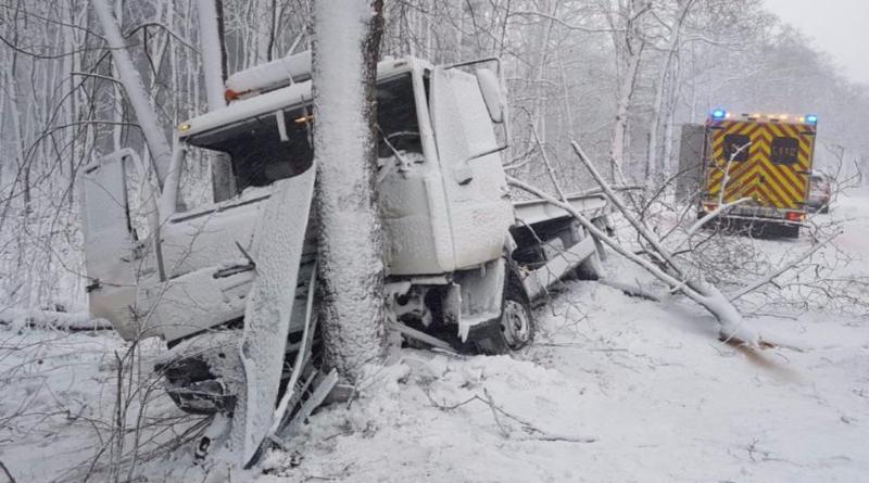 Происшествия: Снегопад в Северном Рейне-Вестфалии: сотни ДТП, общественный транспорт встал