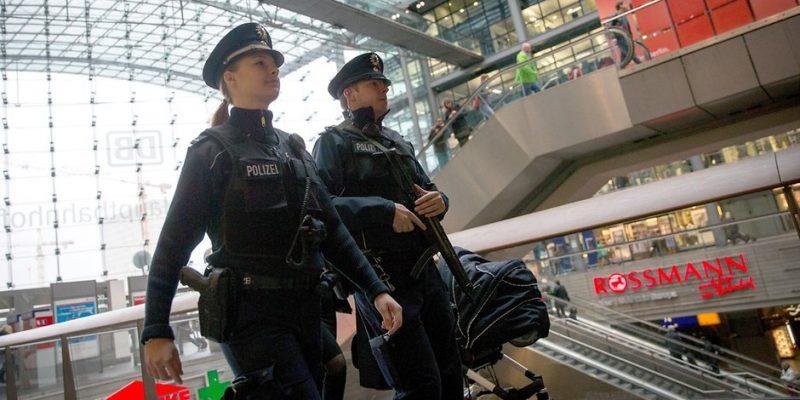 Общество: Осторожно! В поездах орудуют преступные группировки