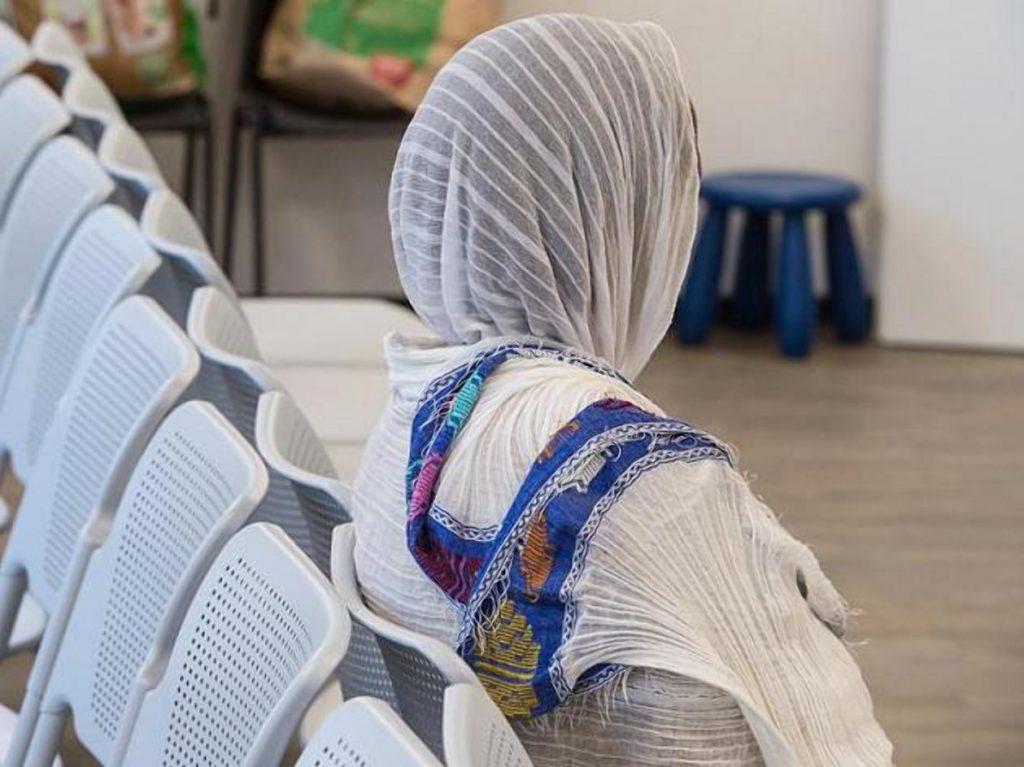 Общество: Пытаясь защитить девочку от исламистов, ведомство передало ее в руки салафистов