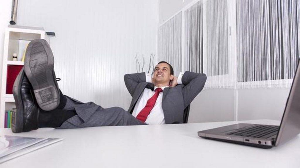 Общество: Немецкие компании внедряют 5-часовой рабочий день