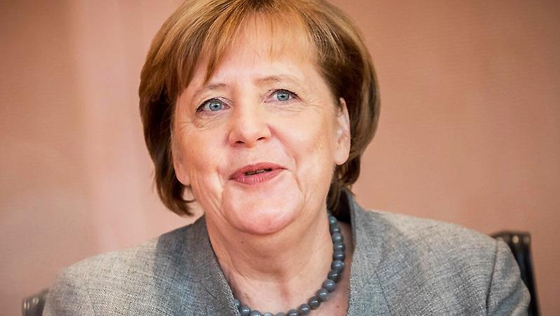 Общество: Меркель в Нидерландах стала известнее Гитлера