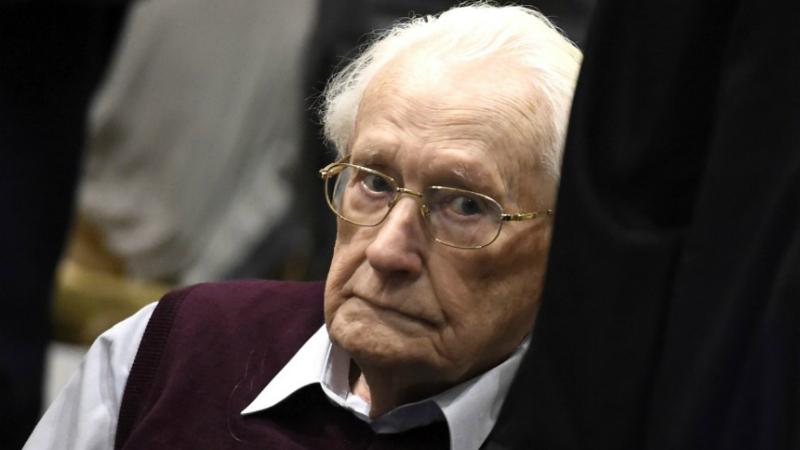 Общество: Суд отклонил прошение о помиловании бывшего бухгалтера Освенцима