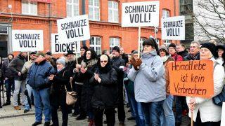Котбус больше не принимает беженцев: жители города вышли на акции протеста