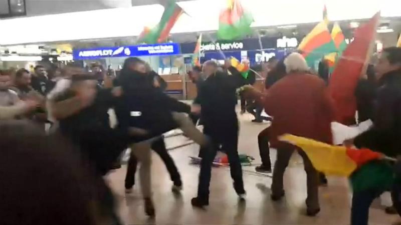 Происшествия: Массовая драка в аэропорту Ганновера: курды столкнулись с турками