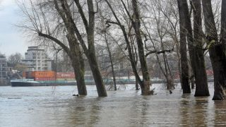 Мороз, гололед и наводнения: с чего начнется эта неделя?