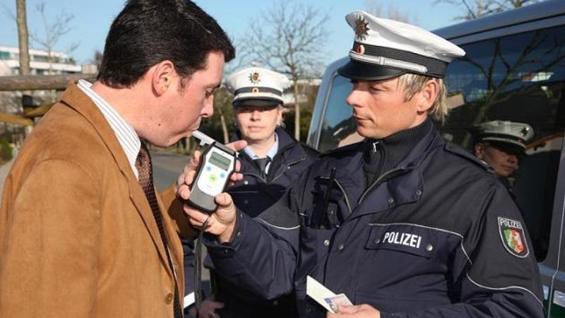 Полезные советы: Полицейский контроль: ваши права и обязанности