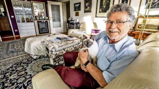 Совет пенсионерам: как продать жилье и остаться в нем жить