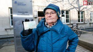 Власти усомнились в личности пенсионерки