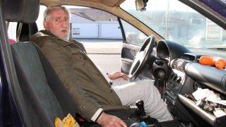 Пенсионер уже два года живет в автомобиле