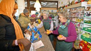 Благотворительная организация Tafel больше не будет помогать беженцам