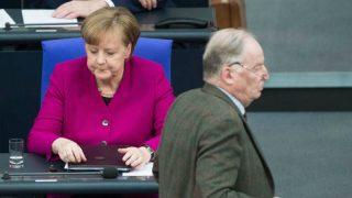 Большая коалиция: правительство не может справиться с хаосом