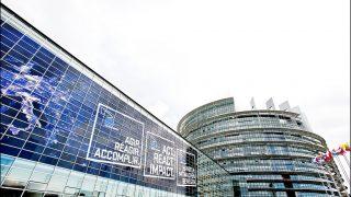 Евросоюз отозвал своего посла в России