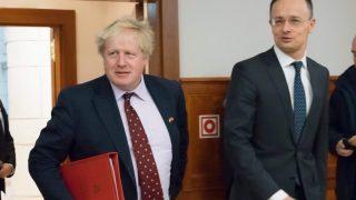 Британский политик назвал Путина вторым Гитлером