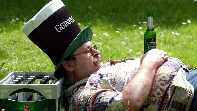 Здоровье: Доказано! Пиво делает людей счастливыми