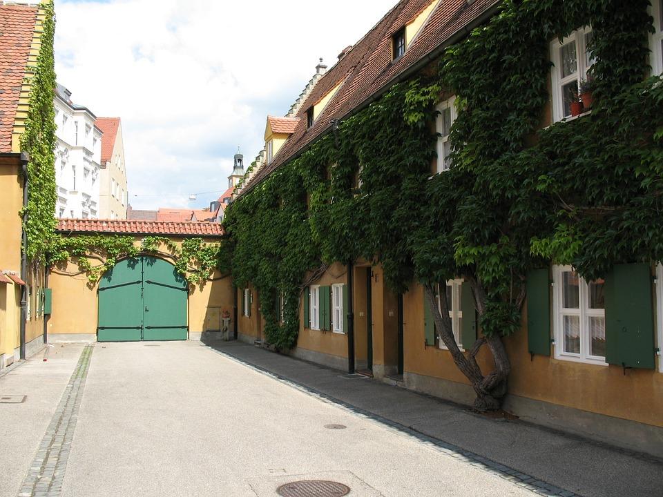 Досуг: Арендная плата в этом немецком городе составляет менее €1 в год рис 3
