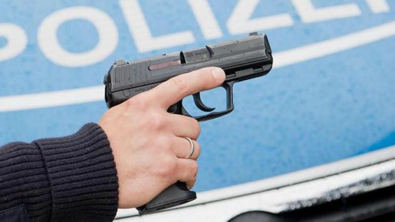 Общество: В каких случаях полицейские могут вас застрелить?