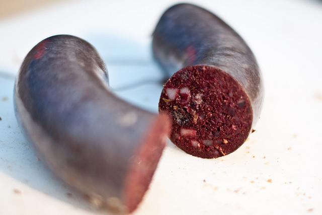 Общество: Немецкая кулинария: какая колбаса вкуснее, и с чем ее едят? рис 5