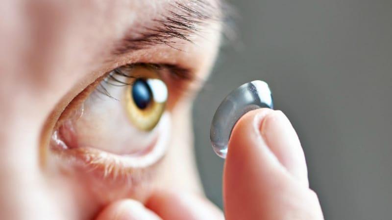 Здоровье: Контактные линзы могут вызывать инфекционные заболевания глаз
