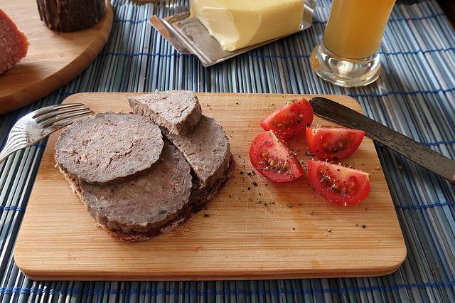 Общество: Немецкая кулинария: какая колбаса вкуснее, и с чем ее едят? рис 6