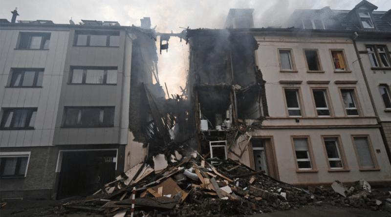 Происшествия: Вупперталь: в жилом доме прогремел взрыв, есть пострадавшие