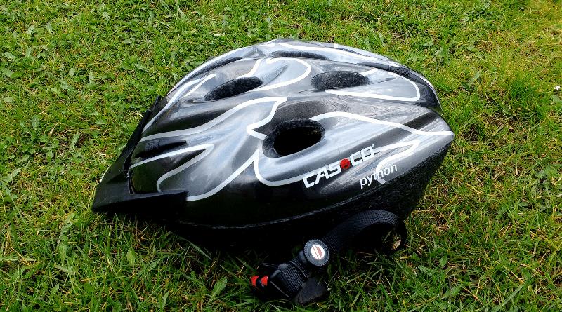 Общество: Почему опасно покупать велосипедный шлем в интернете?
