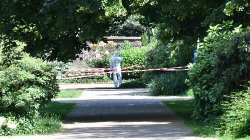 Происшествия: Кровавое убийство в Фирзене: женщину зарезали в центре города