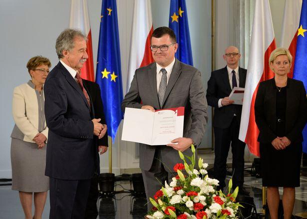 Отовсюду обо всем: Польское правительство хочет перекрыть доступ к интернет-порнографии