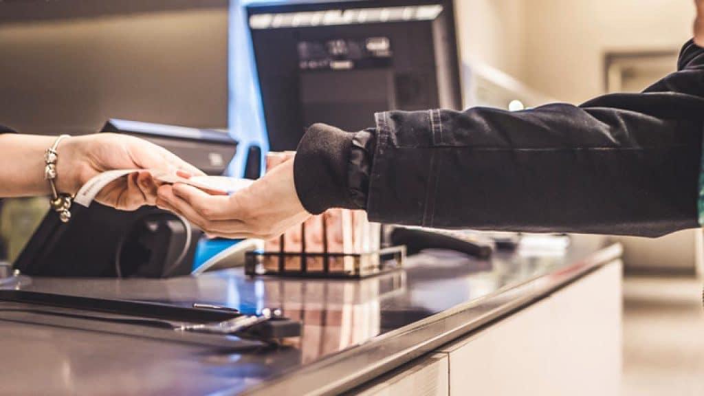 Общество: Осторожно! Zara и H&M используют ядовитые кассовые чеки