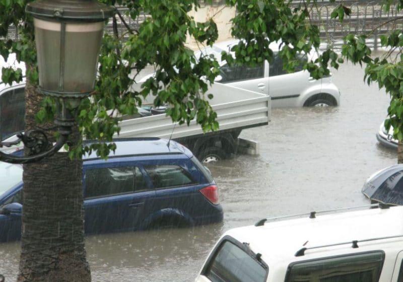 Происшествия: Сильный ураган ударил по Саарланду и Рейнланд-Пфальцу