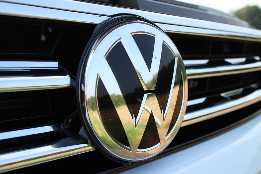 Деньги: Немецкое правительство оштрафовало Volkswagen на €1 млрд