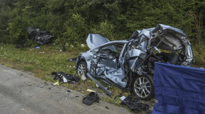 Происшествия: Масштабное ДТП на трассе А8: четверо погибших, множество пострадавших