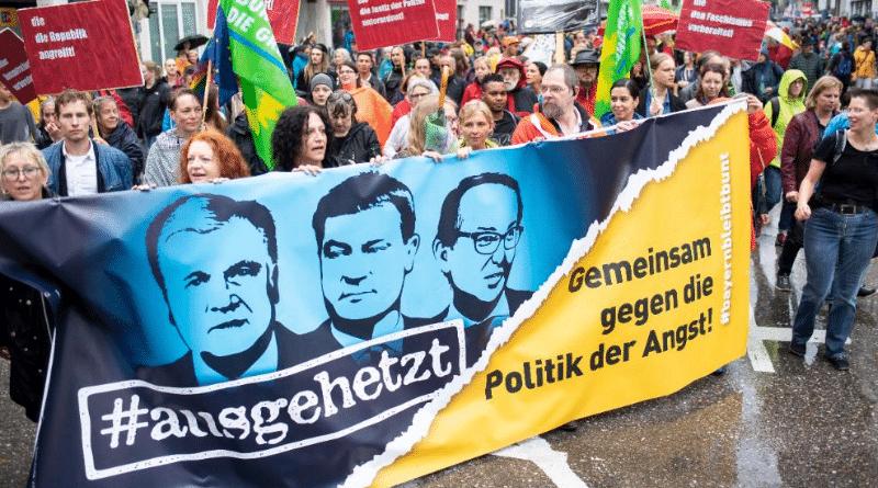 Новости: В Мюнхене тысячи людей вышли выразить протест против политики ХСС