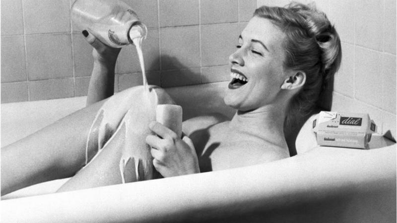 Полезные советы: Молочные ванны и еще 10 советов по уходу за кожей