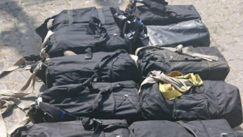 Происшествия: Улов на €60 млн: из Эльбы достали 300 кг кокаина