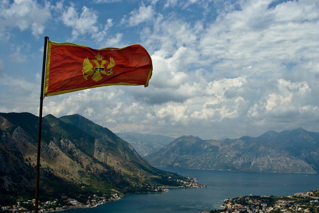Политика: Россия планировала устроить государственный переворот в Черногории