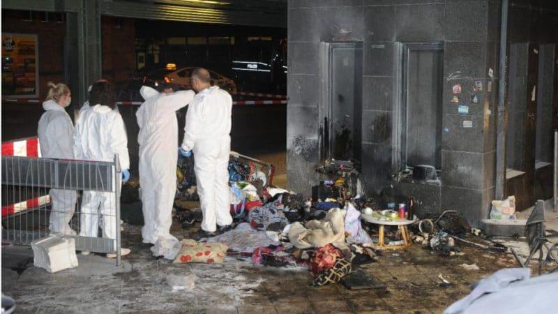 Происшествия: В Берлине неизвестные подожгли двух бездомных