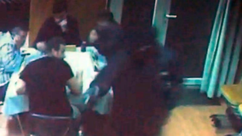 Общество: Берлинских полицейских обвиняют в том, что они не предотвратили убийство рокера