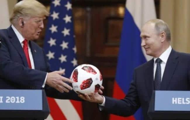 Технологии: В мяче, который Путин подарил Трампу, нашли подозрительный микрочип