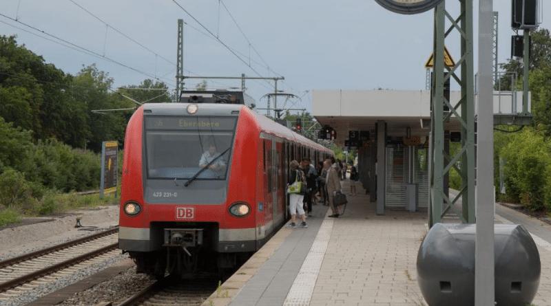 Общество: Компания Deutsche Bahn вынудила 5 млн клиентов платить на 20% больше