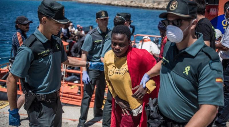 Политика: Новый союзник Германии в миграционном кризисе: Испания активно принимает беженцев