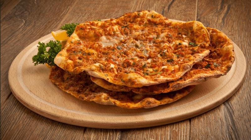 Полезные советы: Как на самом деле правильно есть пиццу? рис 2