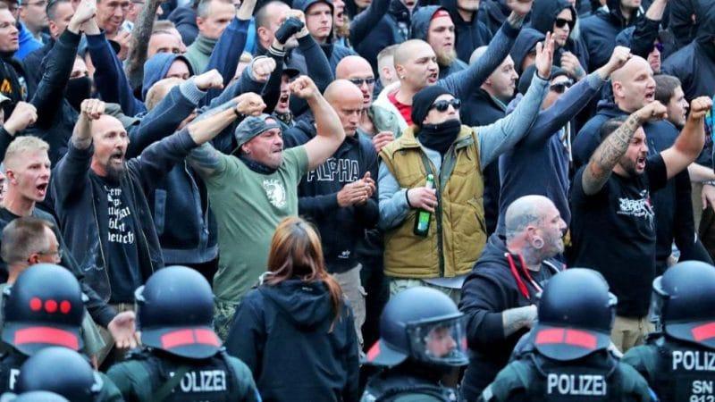 Общество: После беспорядков в Хемнице общество ждет решительных действий политиков