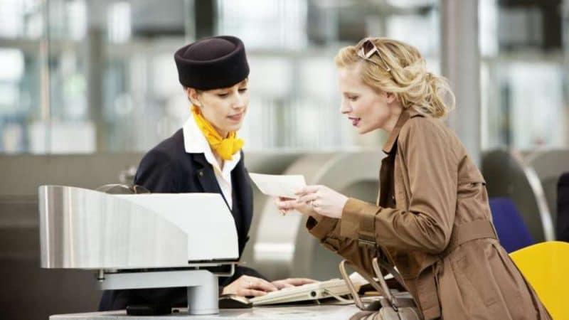 Общество: Для чего предназначена отрывная бирка, которую клеят в аэропорту на билет?
