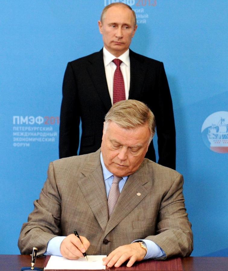 Политика: Почему друг Путина, находящийся под санкциями, получил визу в Германию? рис 2
