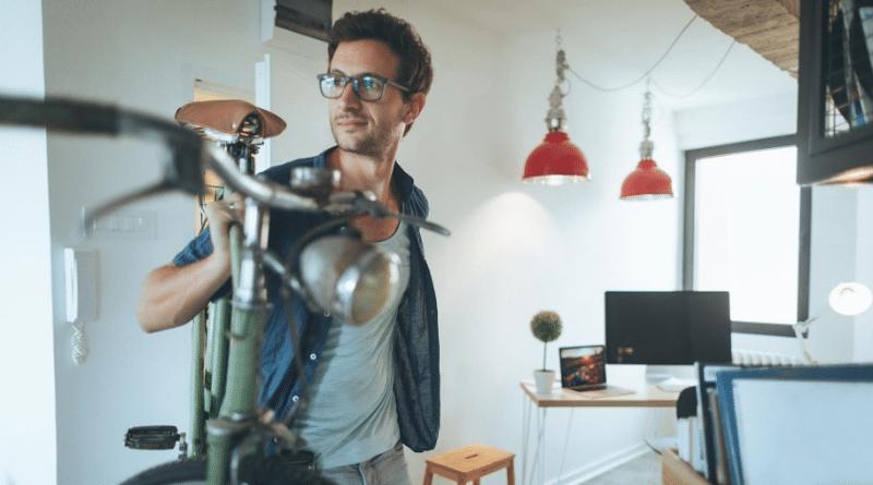 Закон и право: Может ли арендатор хранить велосипед в квартире?