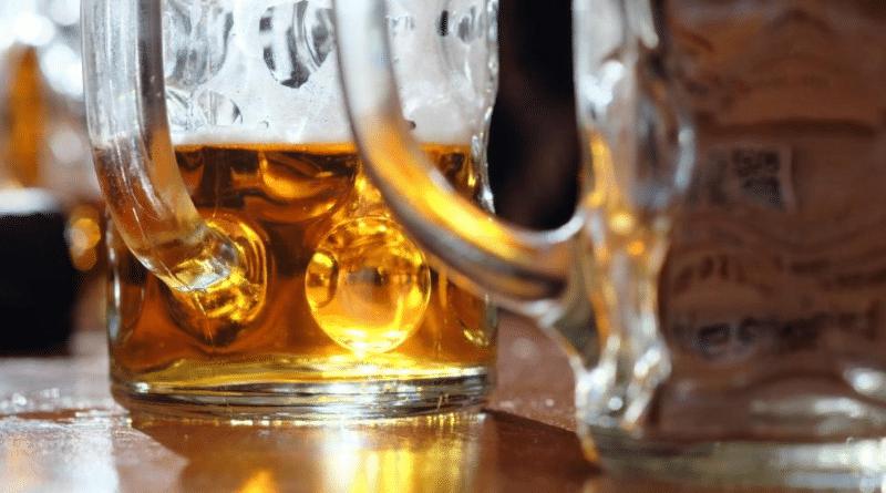 Закон и право: Могут ли пьяному клиенту отказать в подаче алкоголя в кафе или ресторане?