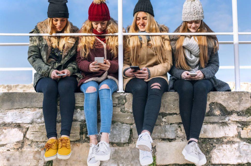 Здоровье: Новый тренд: опасно ли зимой ходить с оголенными лодыжками?